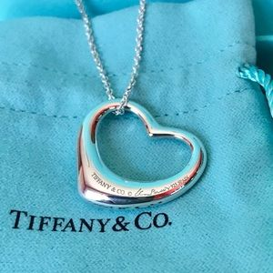 """Tiffany & Co. Elsa Peretti Heart (LG 27mm) 18"""""""